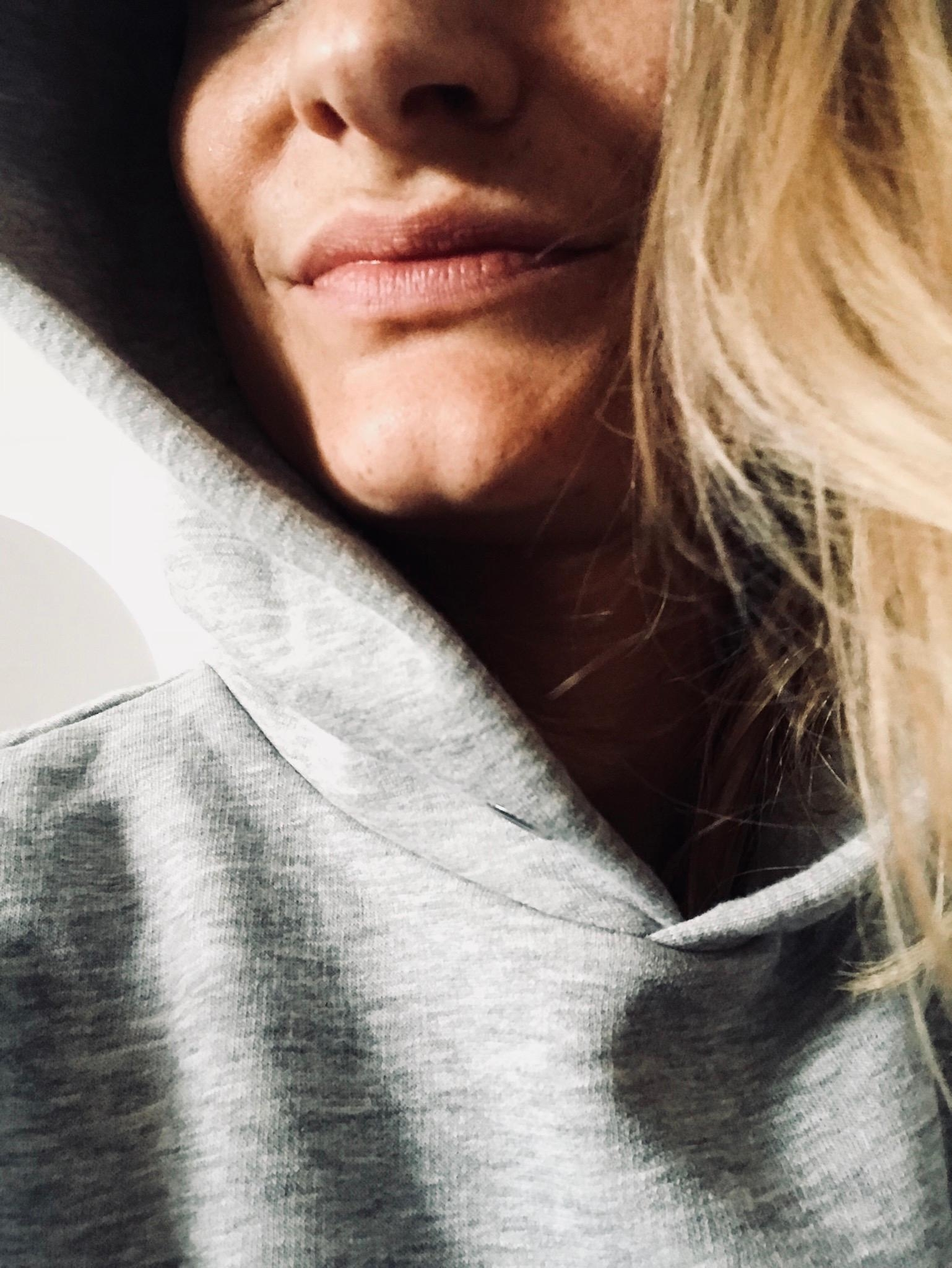 Sundays are for hoodies. 🖤