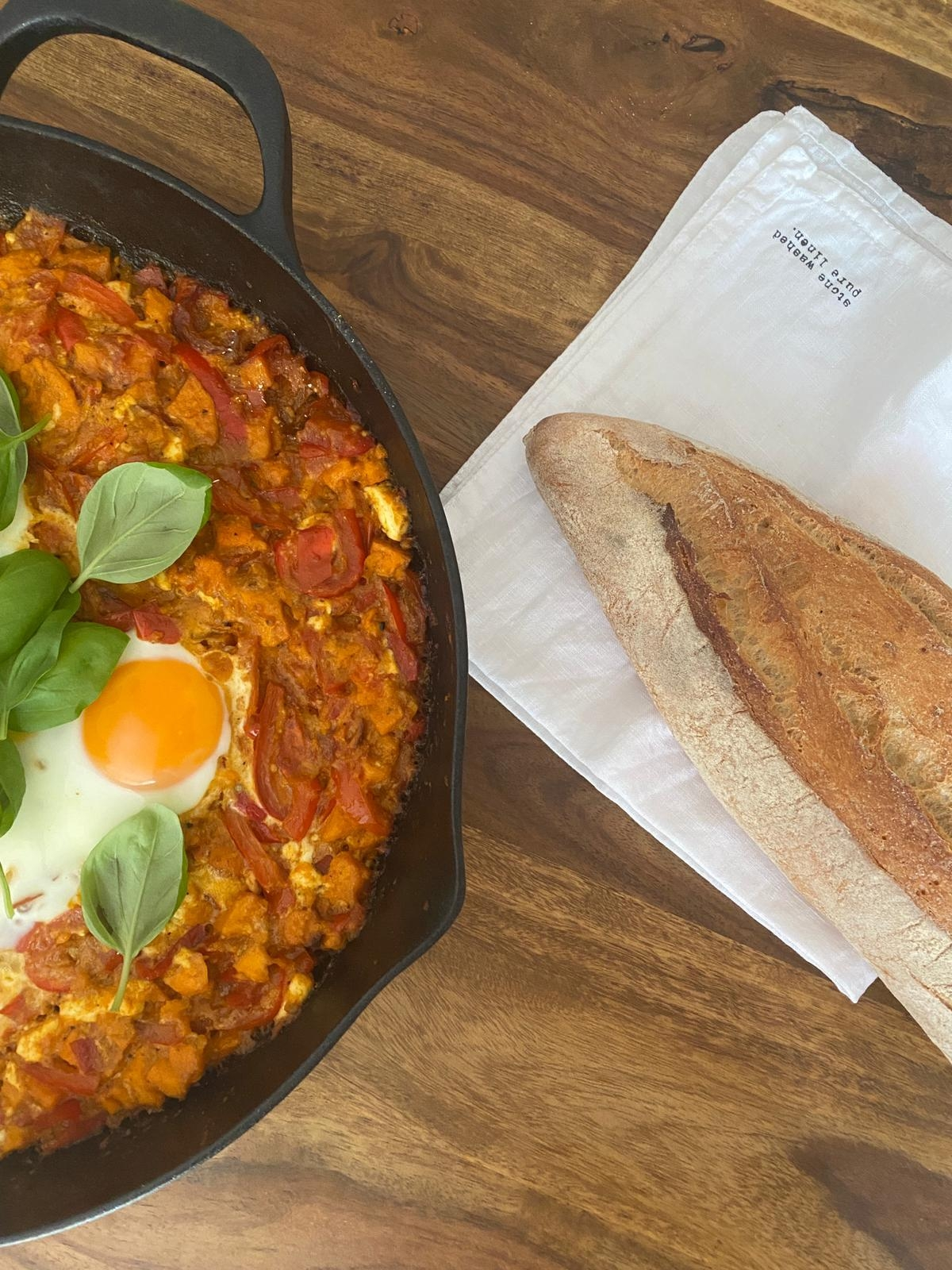 Sundays with Shakshuka love 💕 #veggieliebe