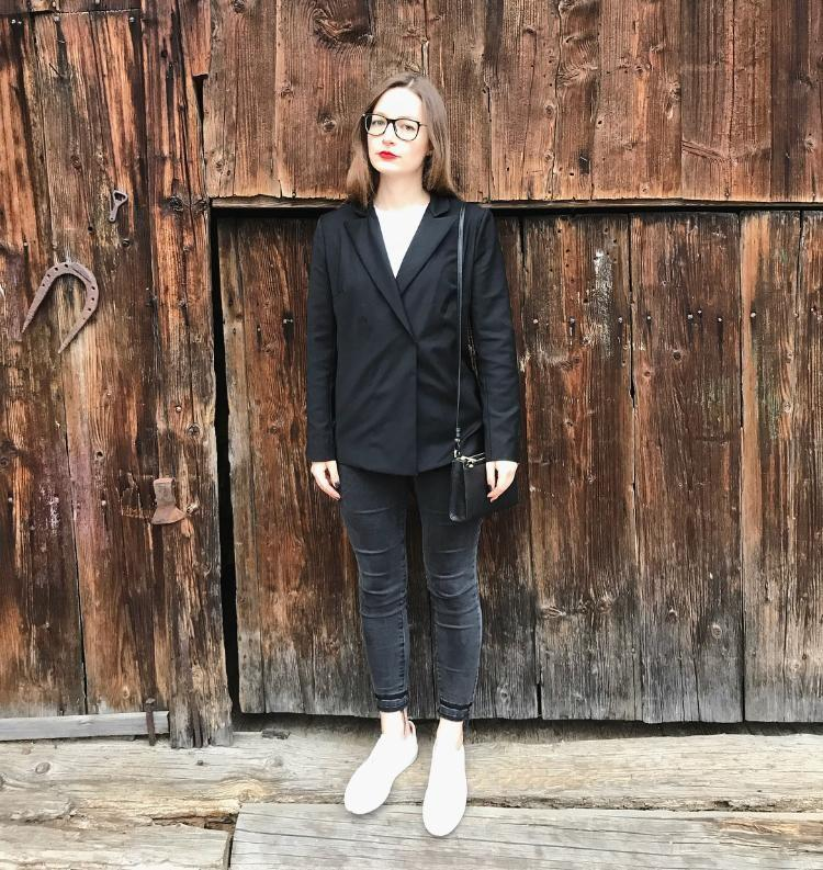 Susi in disguise #handmadeblazer #diy #sucrafted #zweireiher #ootd #bossoutfit