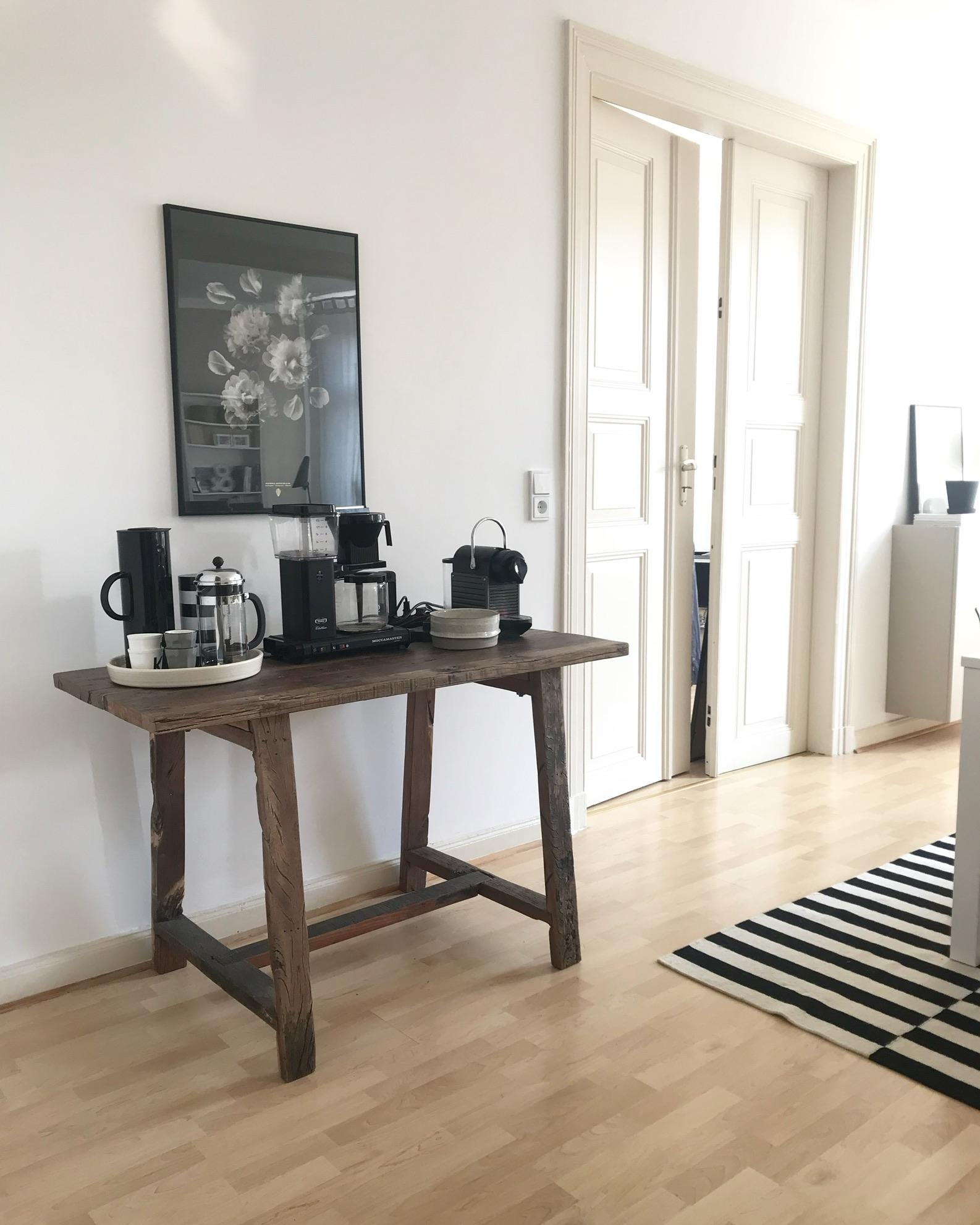 The Coffee Corner ☕️ #coffeetable #coffeeholic #diemucki_bude