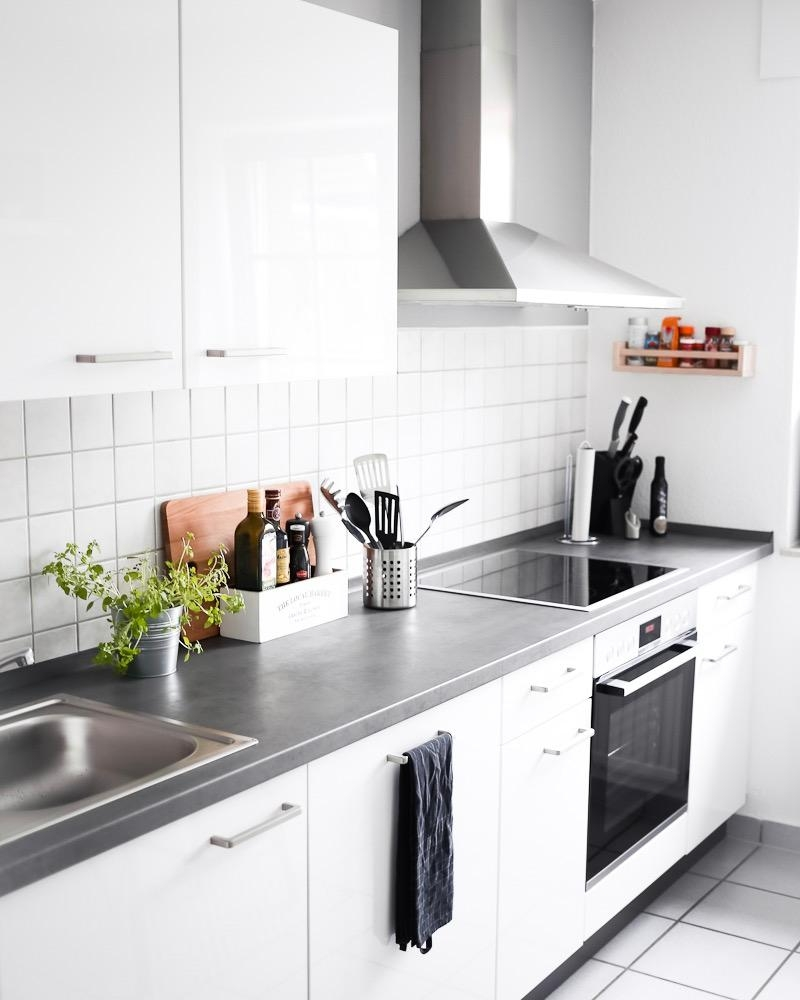 This kitchen is for Dancing! 