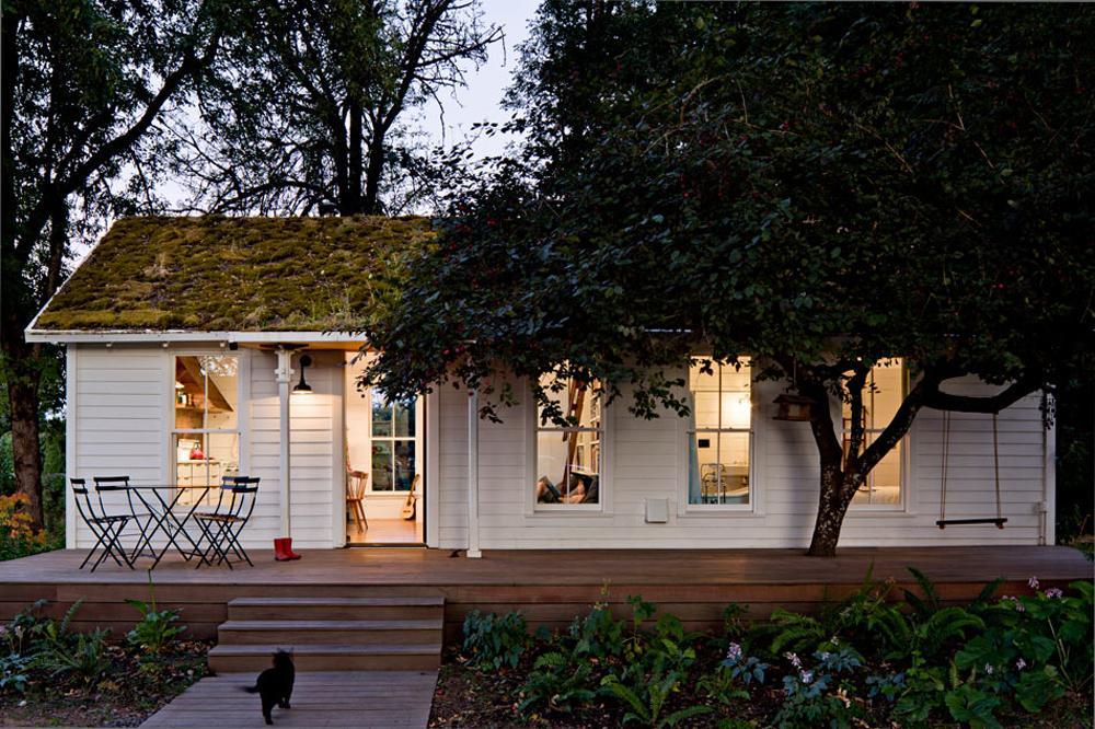 Tiny House Von Jessica Helgerson Am Columbia River #shabbychic #veranda # Schaukel ©Lincoln