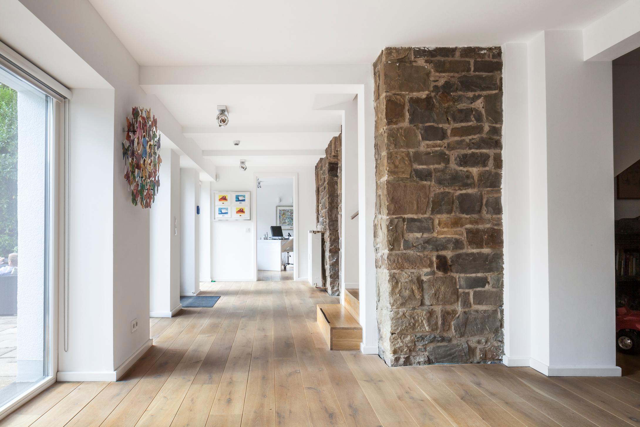 Umbau und Umnutzung einer historischen Villa #innena...