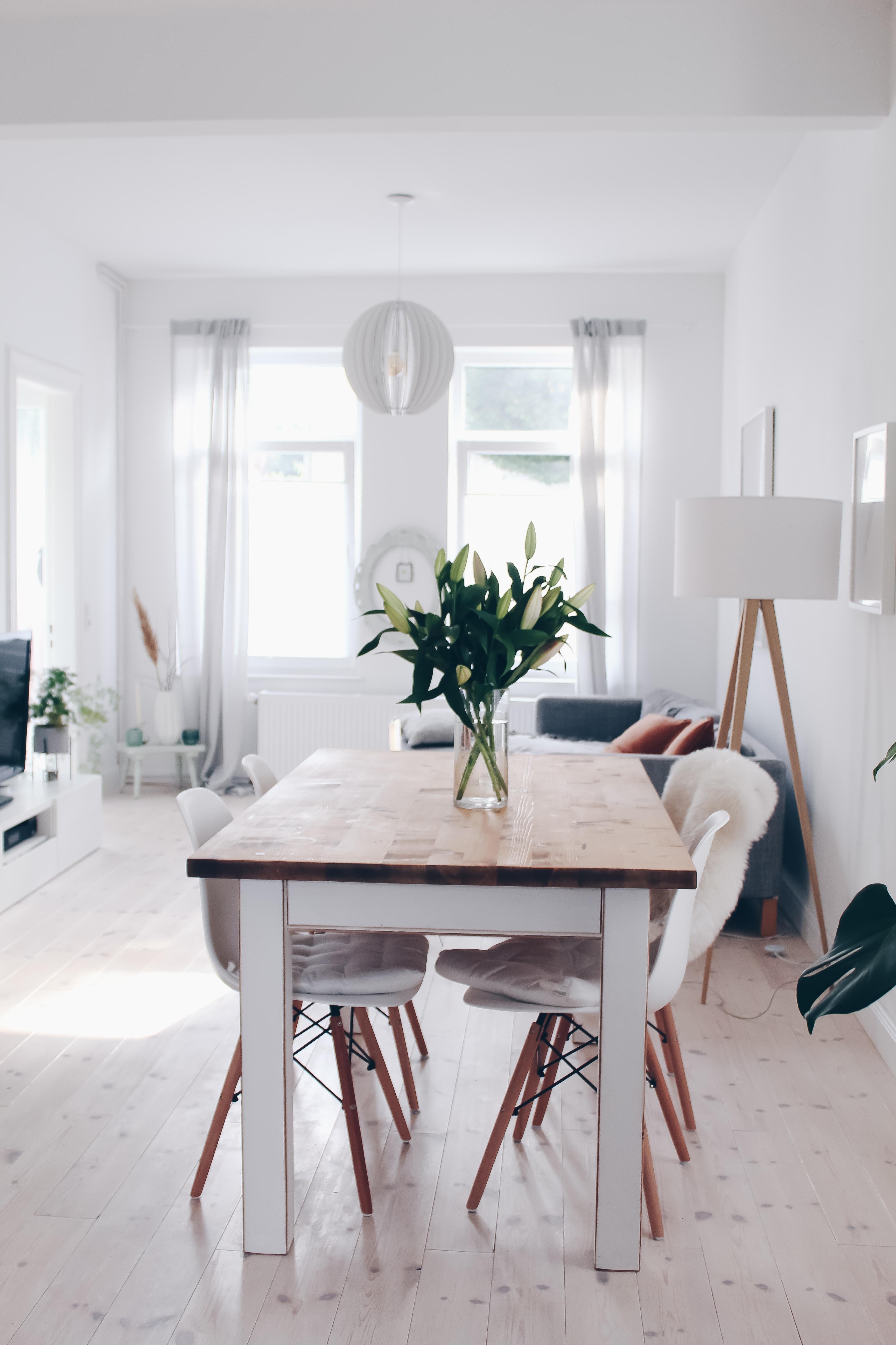 skandinavisches altbau h uschen bei hamburg couch. Black Bedroom Furniture Sets. Home Design Ideas