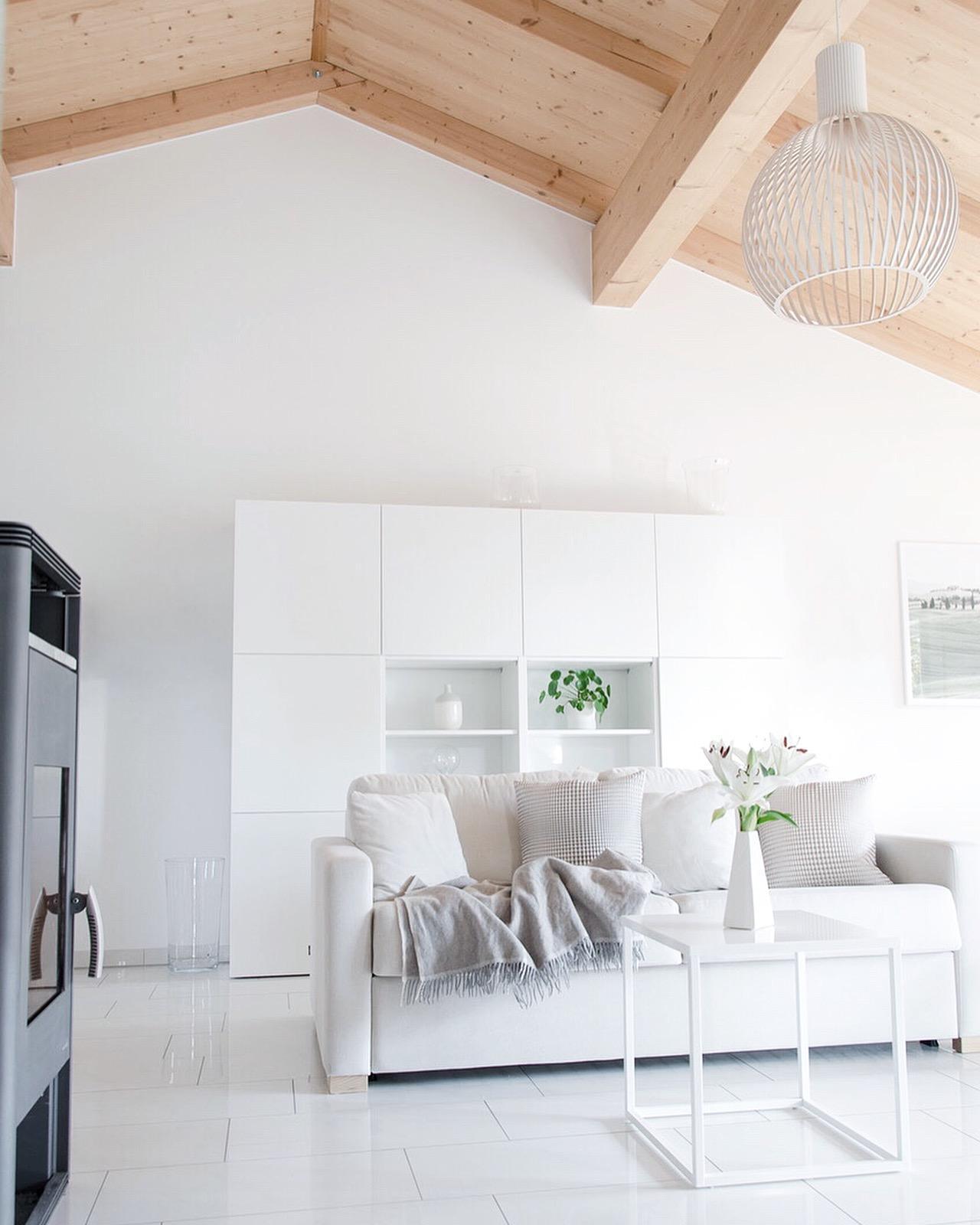 Unser Wohnzimmer Mit Der Traumhaften Deckenhoehe Minimalismus Livingabc  Interior Livingroom White Home C642a1e1 D16d 4a56 B687