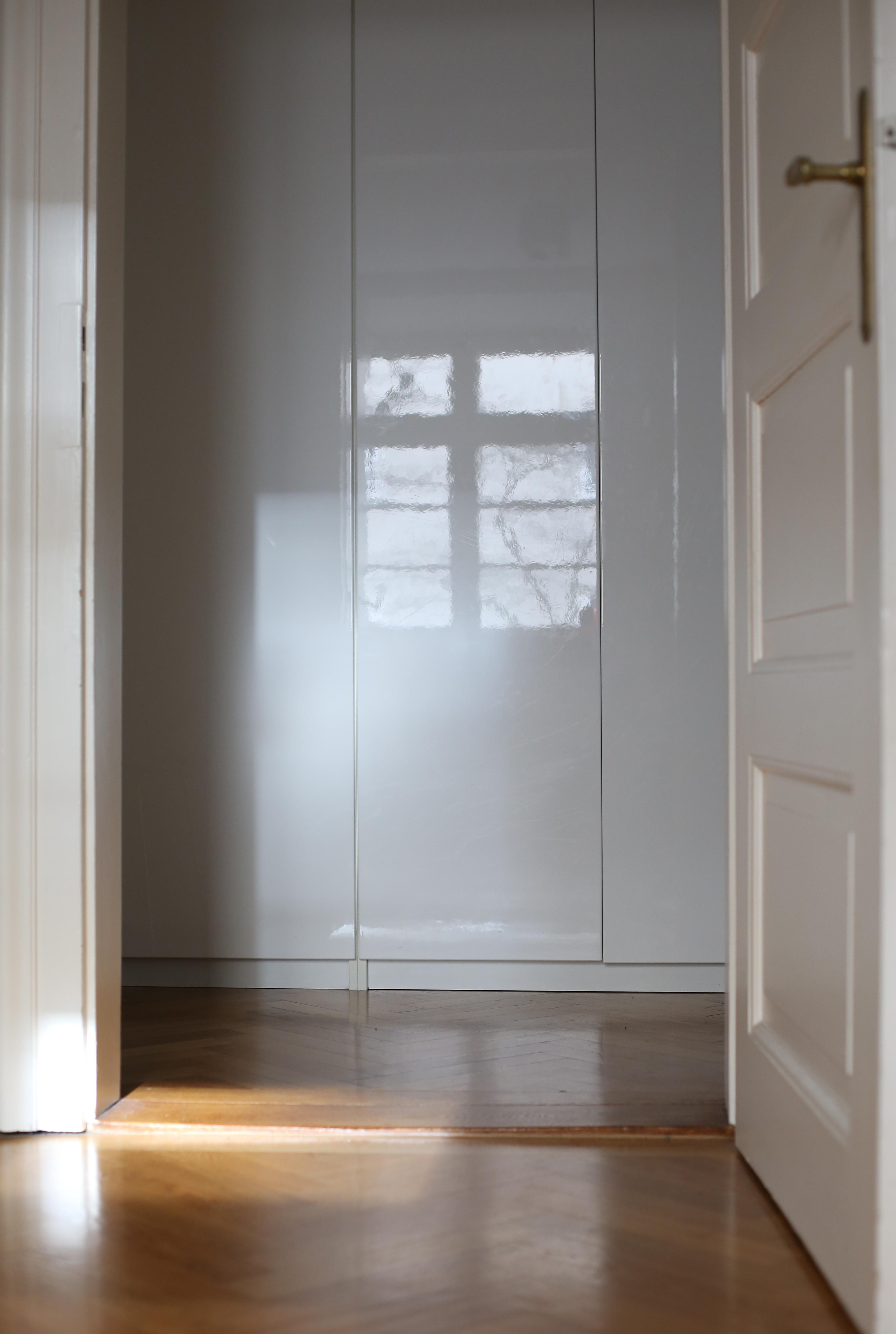 ankleide bilder ideen couch. Black Bedroom Furniture Sets. Home Design Ideas