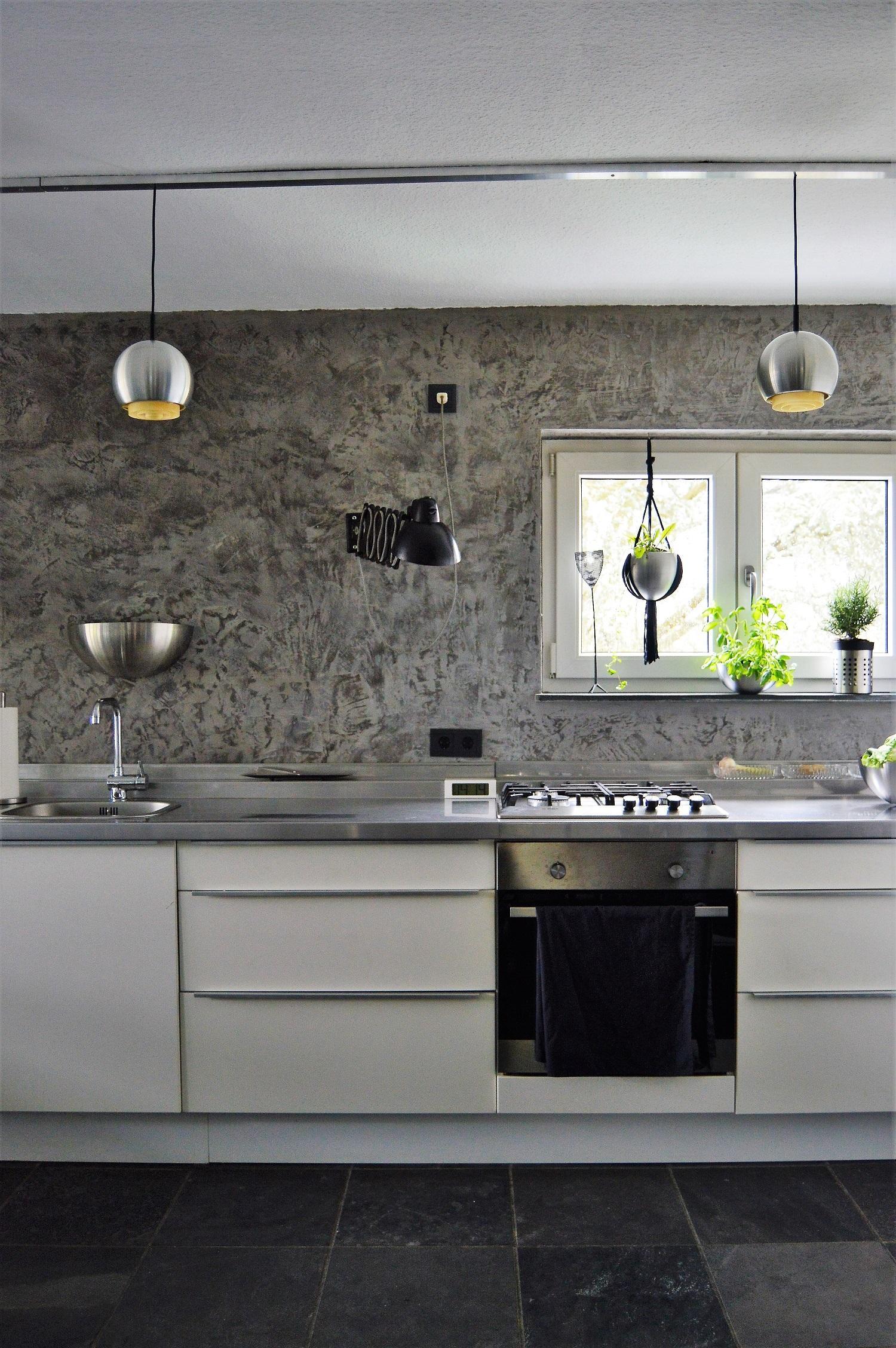Unsere selbst zusammengefriemelte Küche vom Schweden... • COUCHstyle | {Edelstahlplatte küche 6}