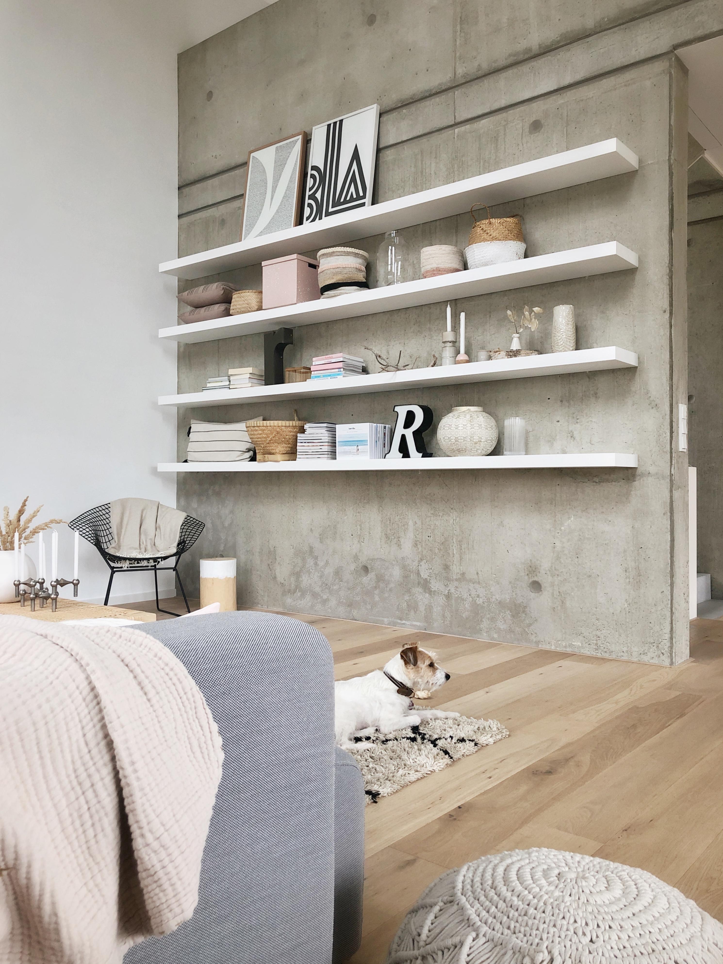 Betonwand: So inszenierst du die rohen Wände
