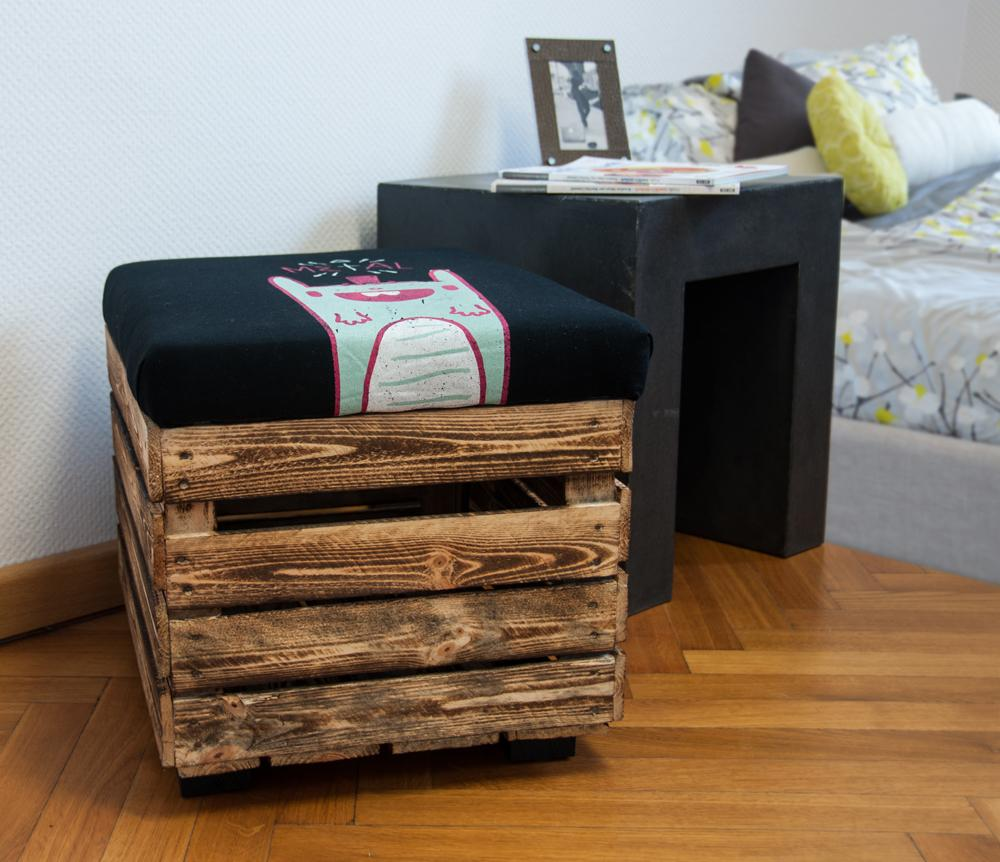 Upcycling-Hocker aus Obstkiste #diy #upcycling ©DIY Academy