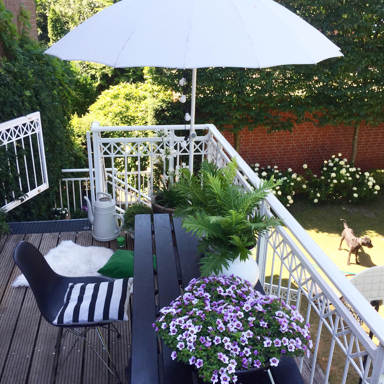 urlaub auf balkonien balkonliebe meinbalkon b. Black Bedroom Furniture Sets. Home Design Ideas