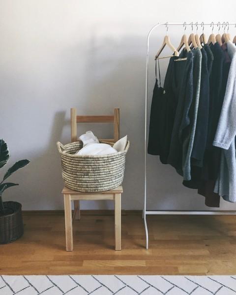 home ankleidezimmer kleiderstander ikea home fashion korb