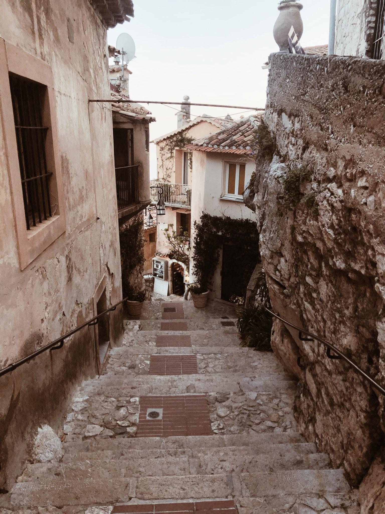walking down the streets in #eze #ezevillage #france #frenchriviera #cotedazur