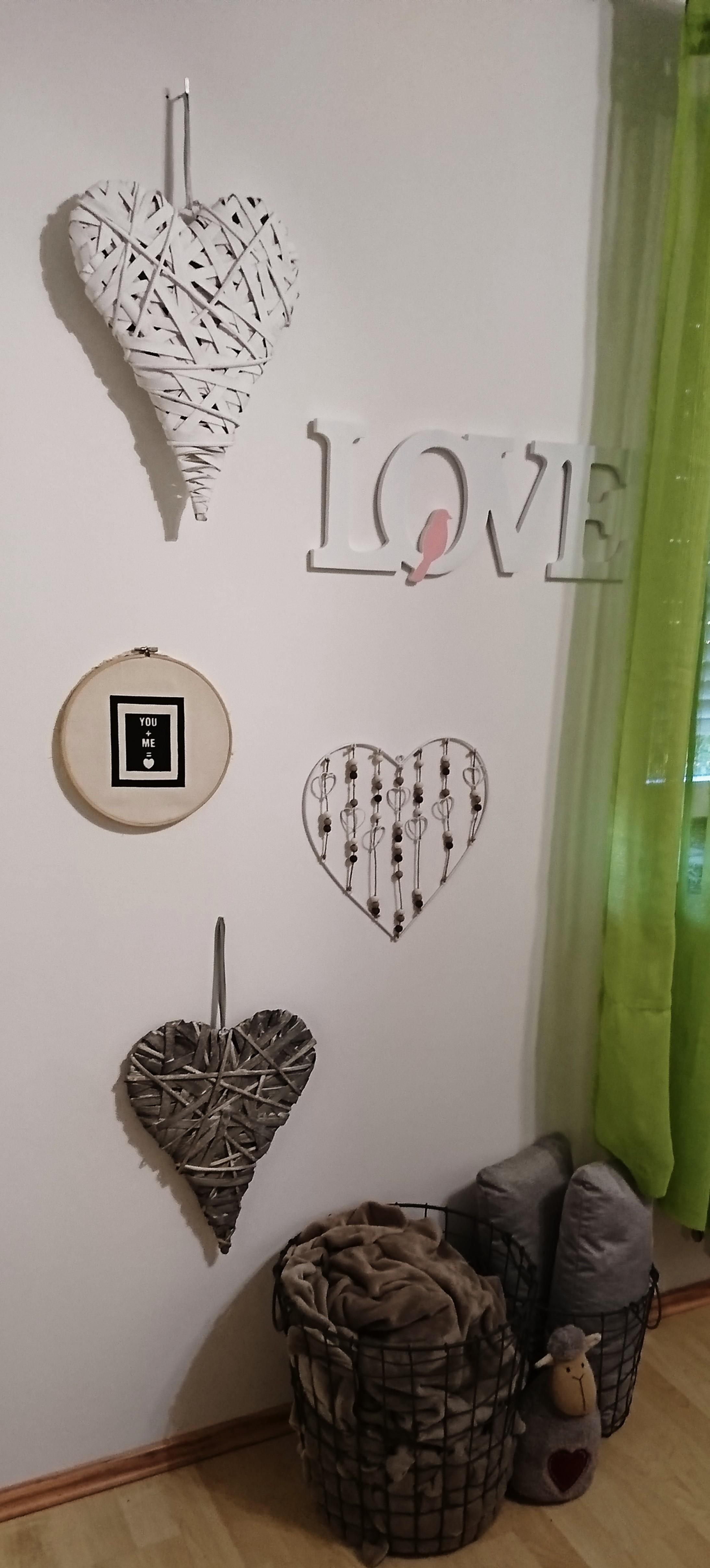 #wandgestaltung #schlafzimmer #love #wanddeko #decke #aufbewahrung #weiß # Grau