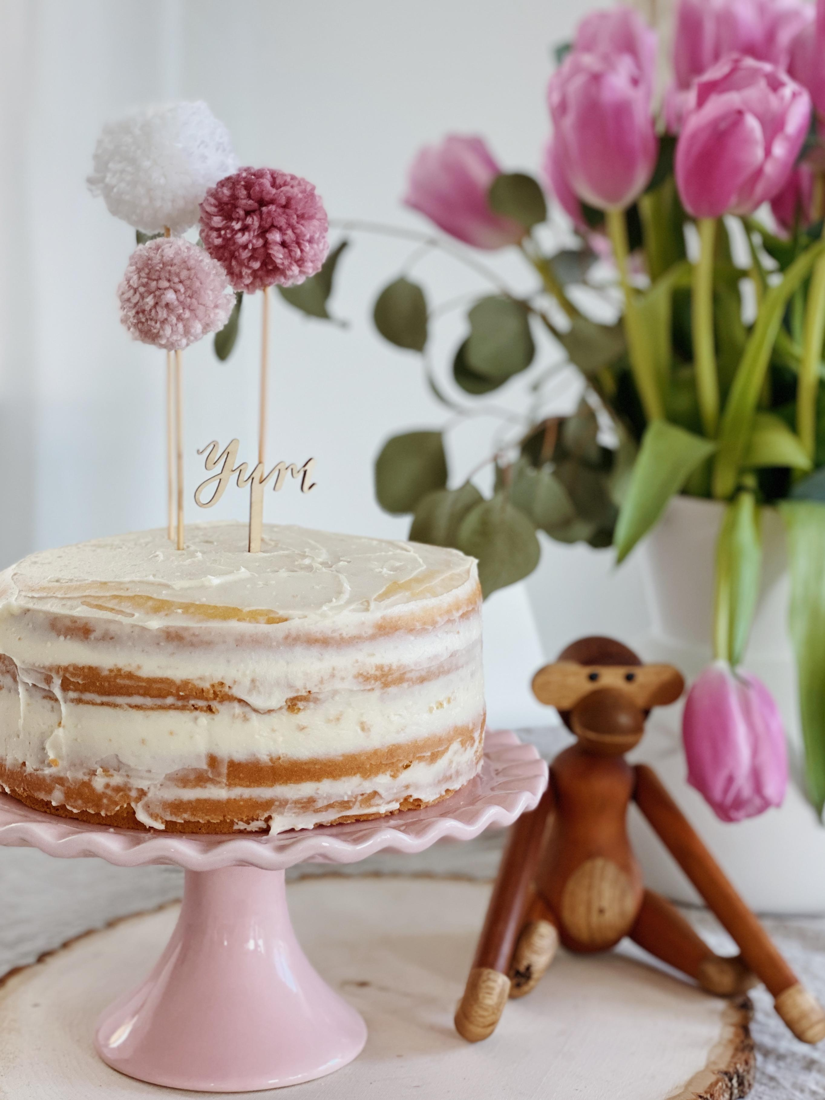 Weekends are for cake #kuchenliebe #selberbacken #caketopper #diy #cake