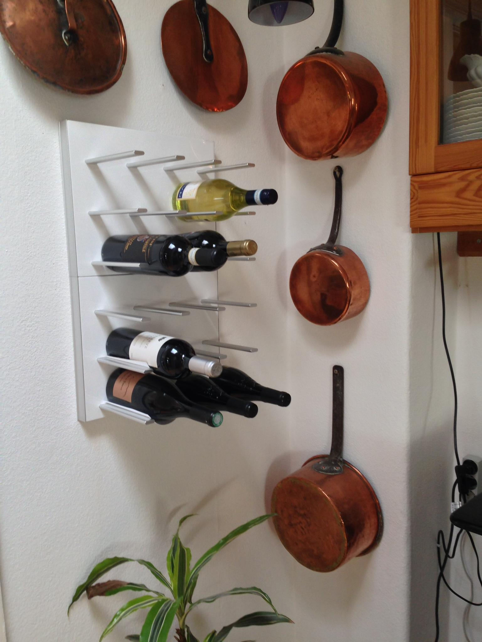 Weinregal In Skandinavischer Stil #küche #wandaufhängung #weinregal  #weinkeller #weinbar #weinaufbewahrung