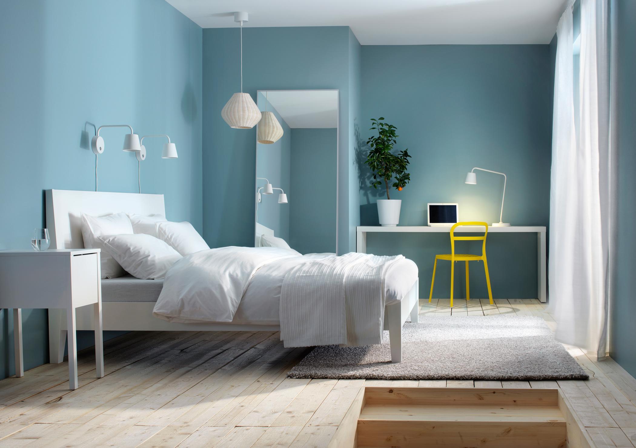 Gut gemocht Weiß und Hellblau im Schlafzimmer #arbeitstisch #die... XE08