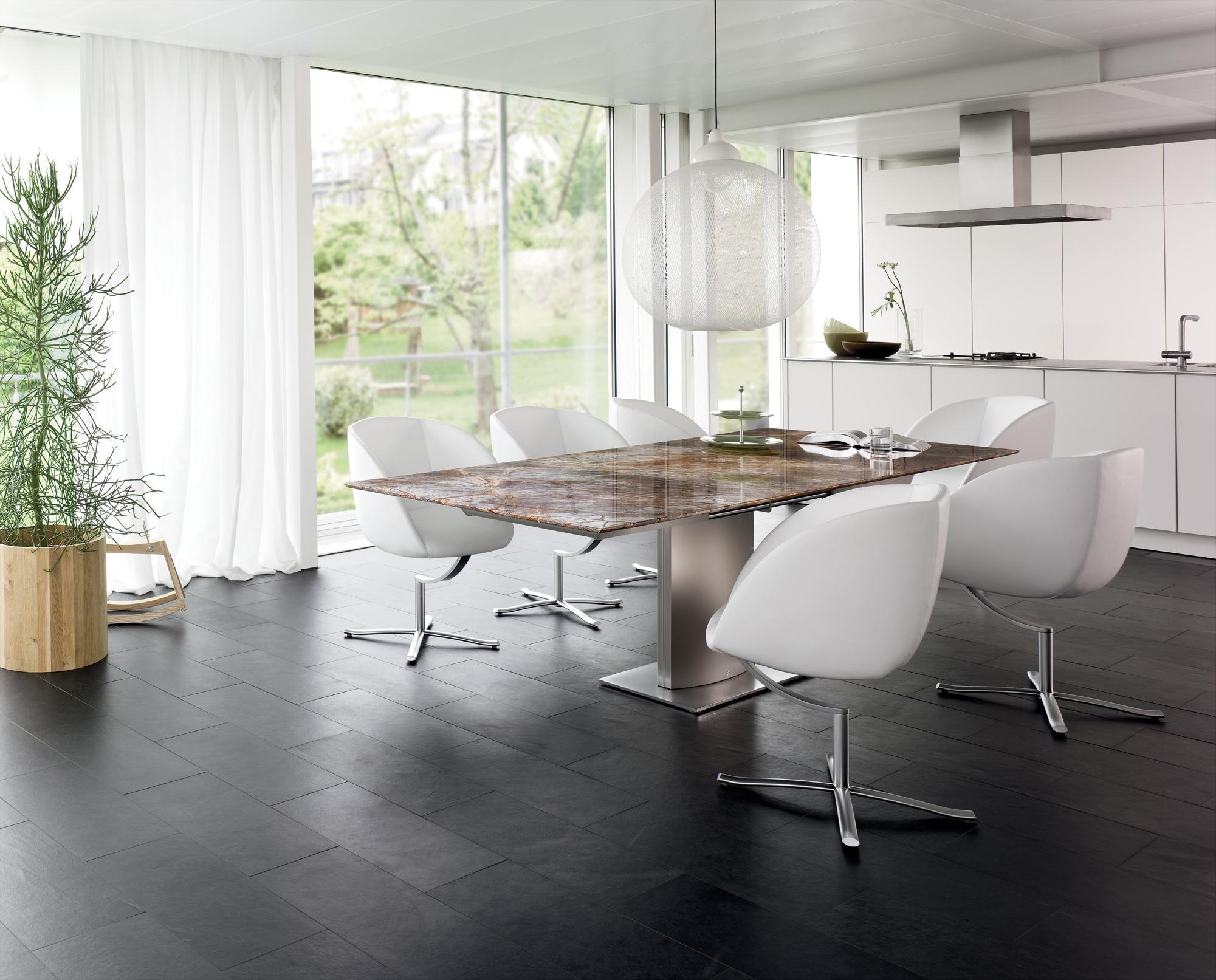 Schalenstuhl bilder ideen couchstyle for Esszimmerstuhl schale