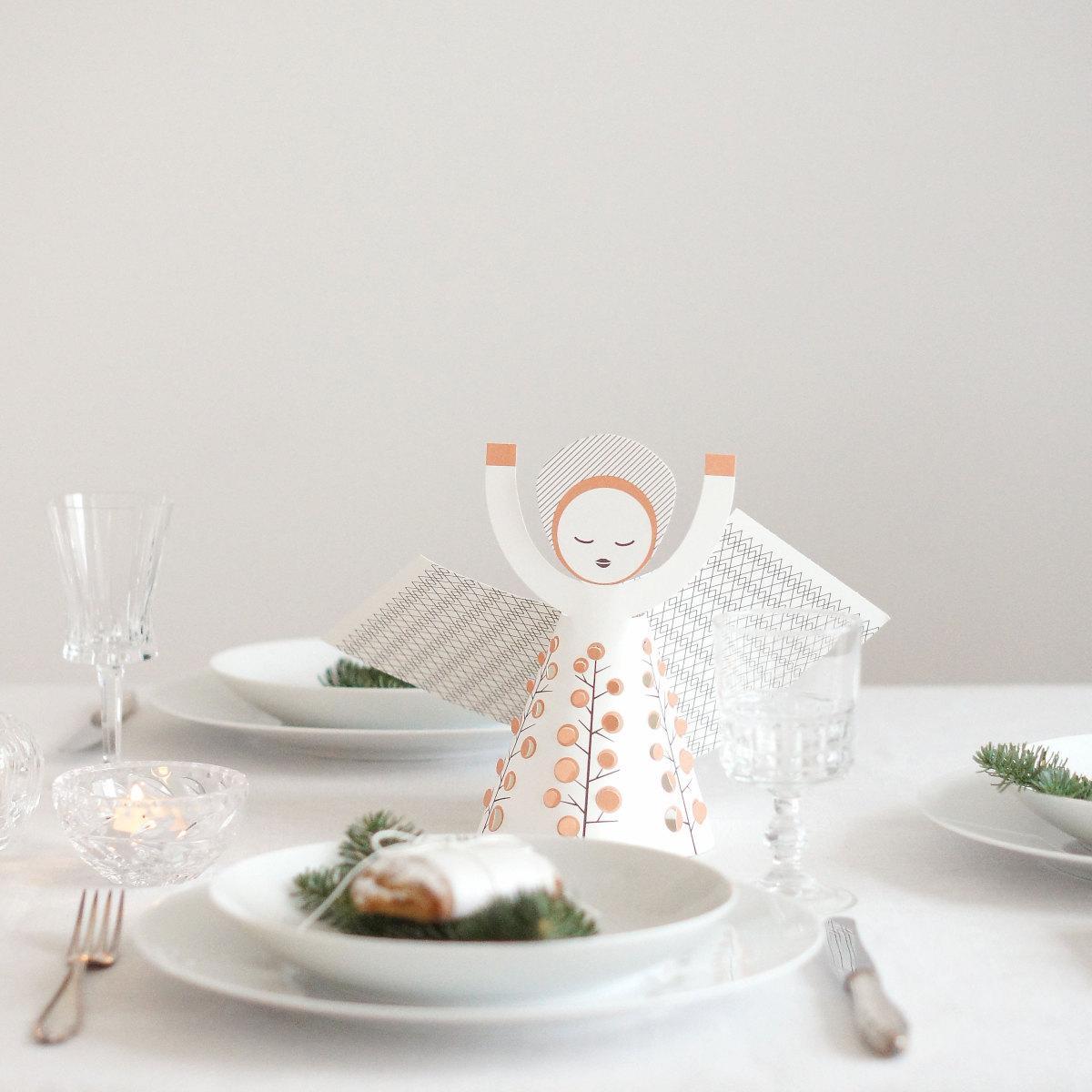 Weihnachtsdeko Weisses Porzellan.Tischdeko Zu Weihnachten Lass Dich Inspirieren