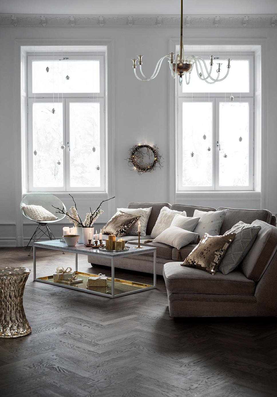 weies wohnzimmer mit eleganten goldelementen weihnachtsdeko hamp - Wohnzimmer In Grau