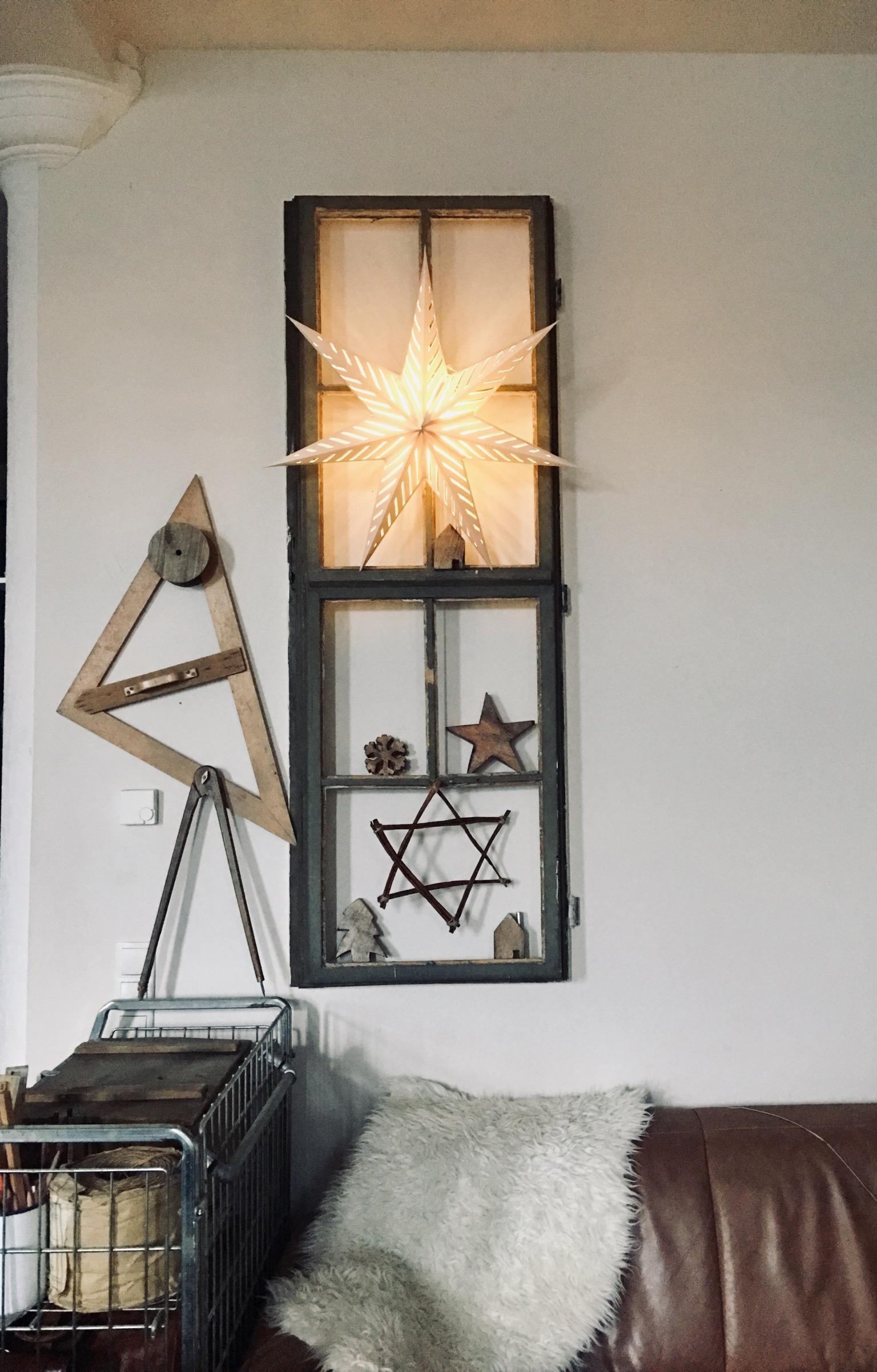 Weiter Gehts Weihnachten Sterne Lichterkette Fenster