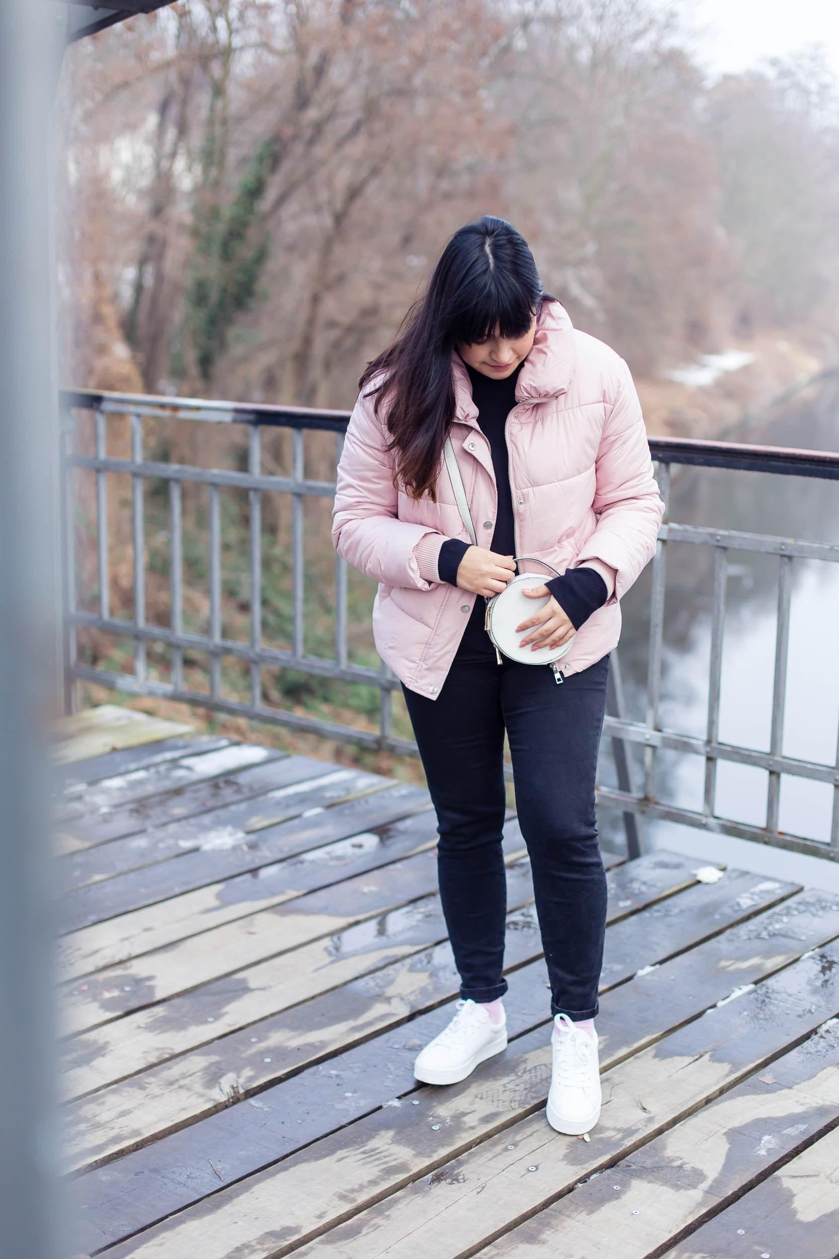 Wie gefällt euch der Look? #winteroutfit #ootd #fashion #outfit #rosa #pink #winter #style