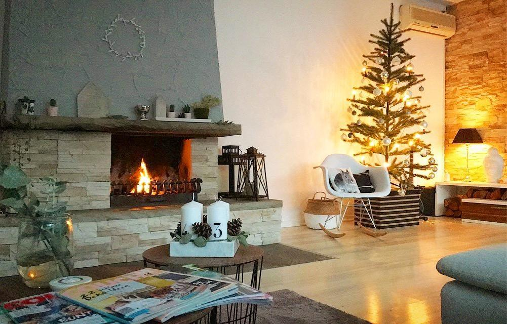 Winterday chillen fireplace zeigdeintraumzuhause interior homesweethome homedecor christmas christmastree lov  143eb814 dd9f 4eec ba00 f802f77f1172