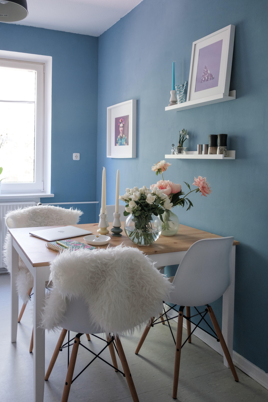 wir lieben die neue wandfarbe in unserer kche neuhier couchliebt skandistyle - Kuche Wandfarbe Blau