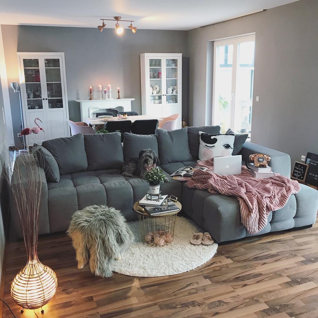 Big sofa kuschelige wohnideen bei couch - Grau rosa wohnzimmer ...