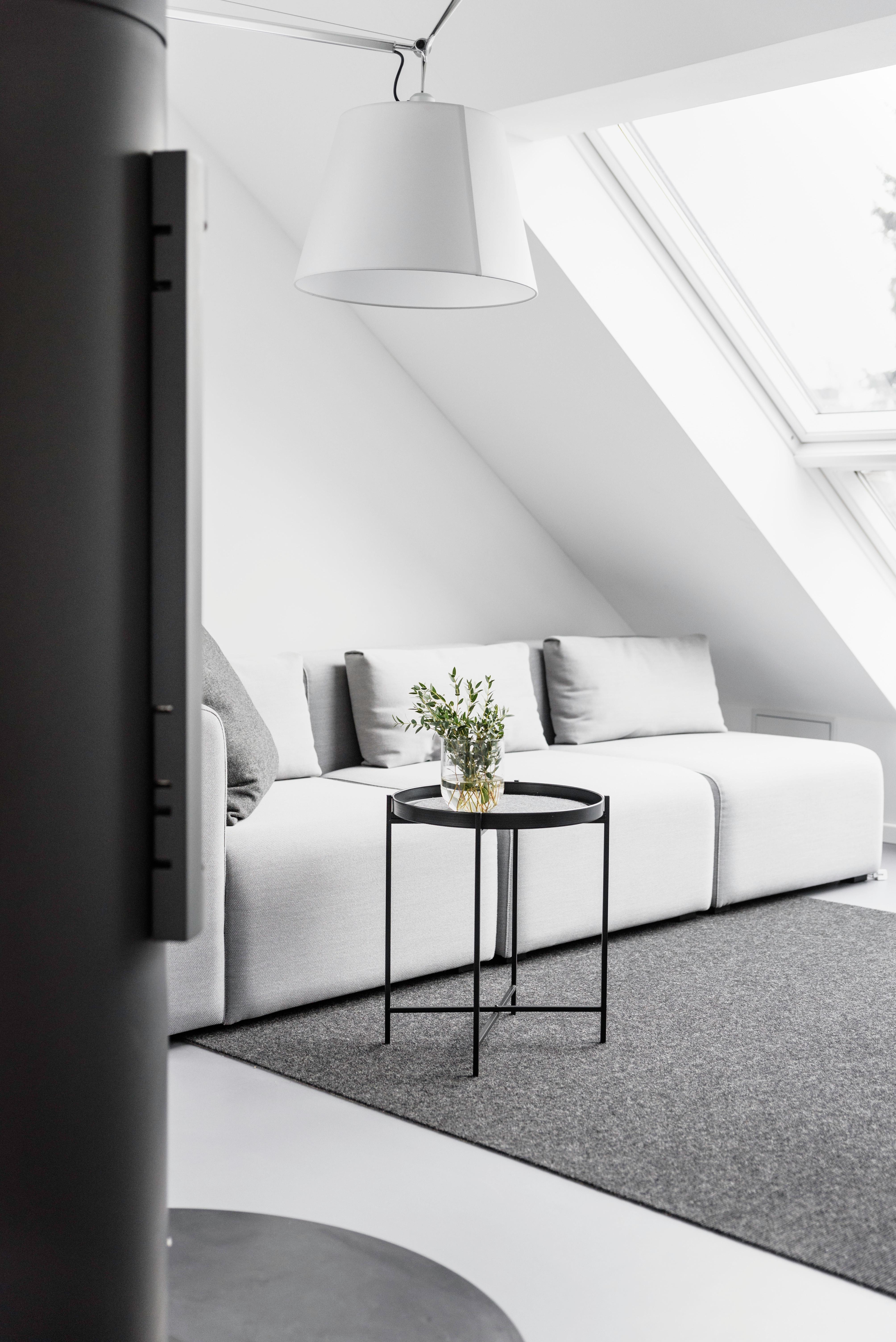 Wohnzimmer   Gemütlichkeit Kennt Keine Grenzen! #Wohnzimmer #Blumendeko  #Kaminofen #Kamin #