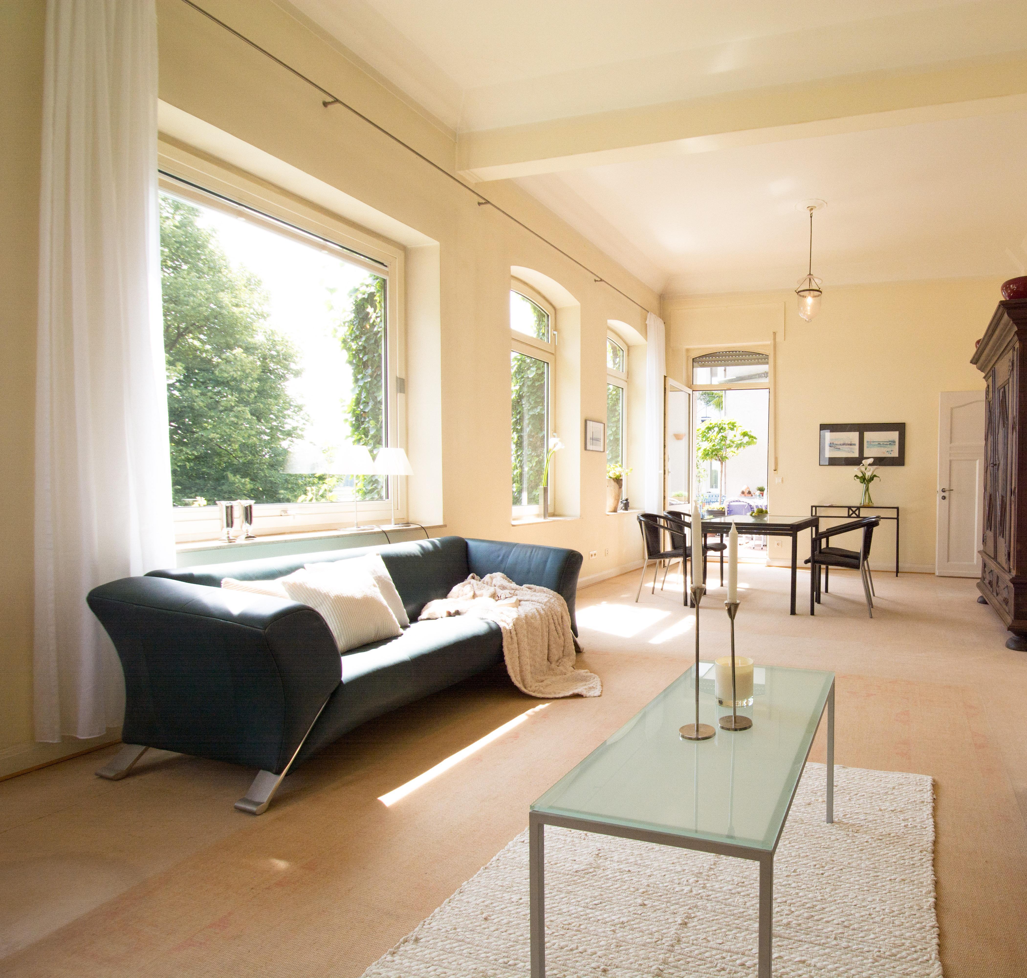 Großes Wohnzimmer | Jamgo.Co