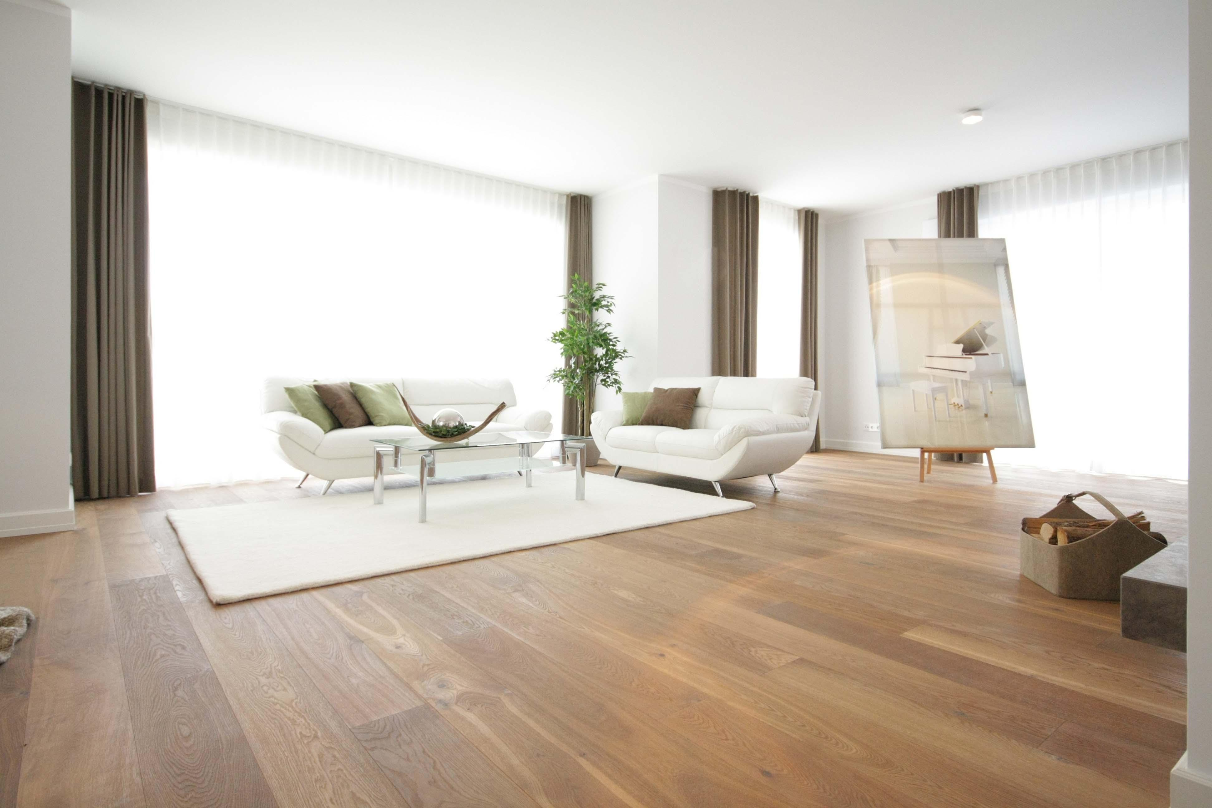 wohnzimmer couchtisch teppich wohnzimmer kissen couchstyle 85 wohnzimmer kissen bilder