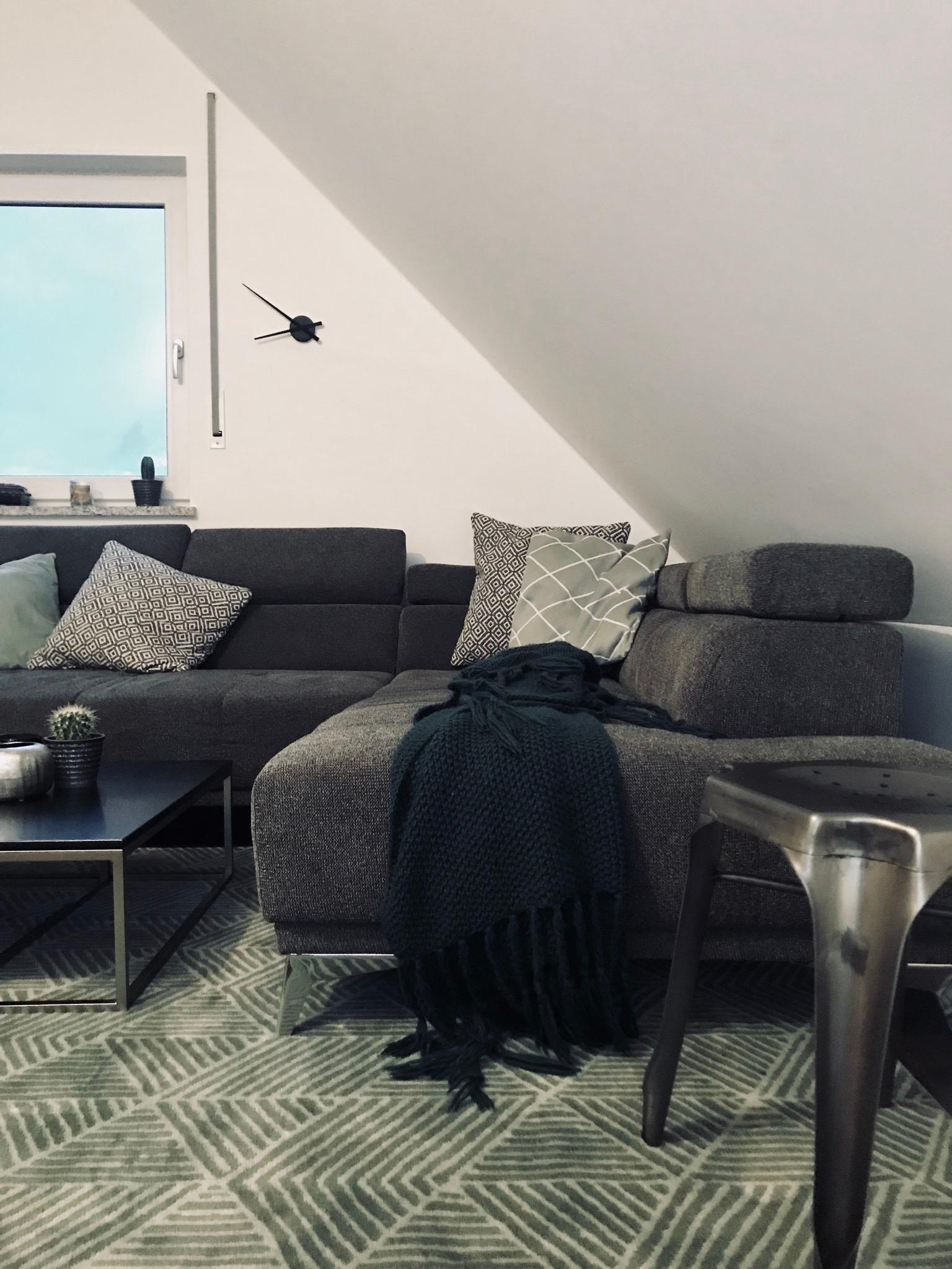 wohnzimmer livingroom dachgeschoss scandi kuschelecke couchstyle