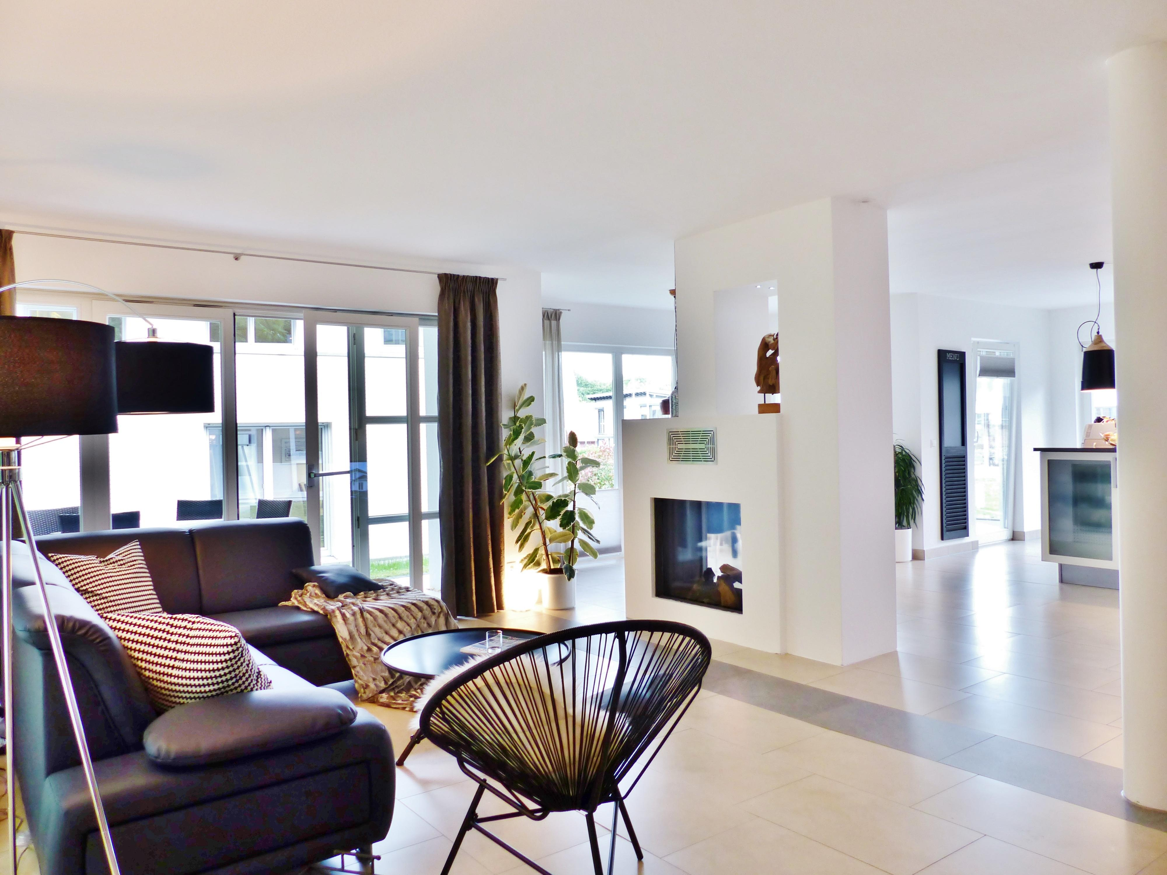 wohnzimmer kamin bilder ideen couchstyle. Black Bedroom Furniture Sets. Home Design Ideas