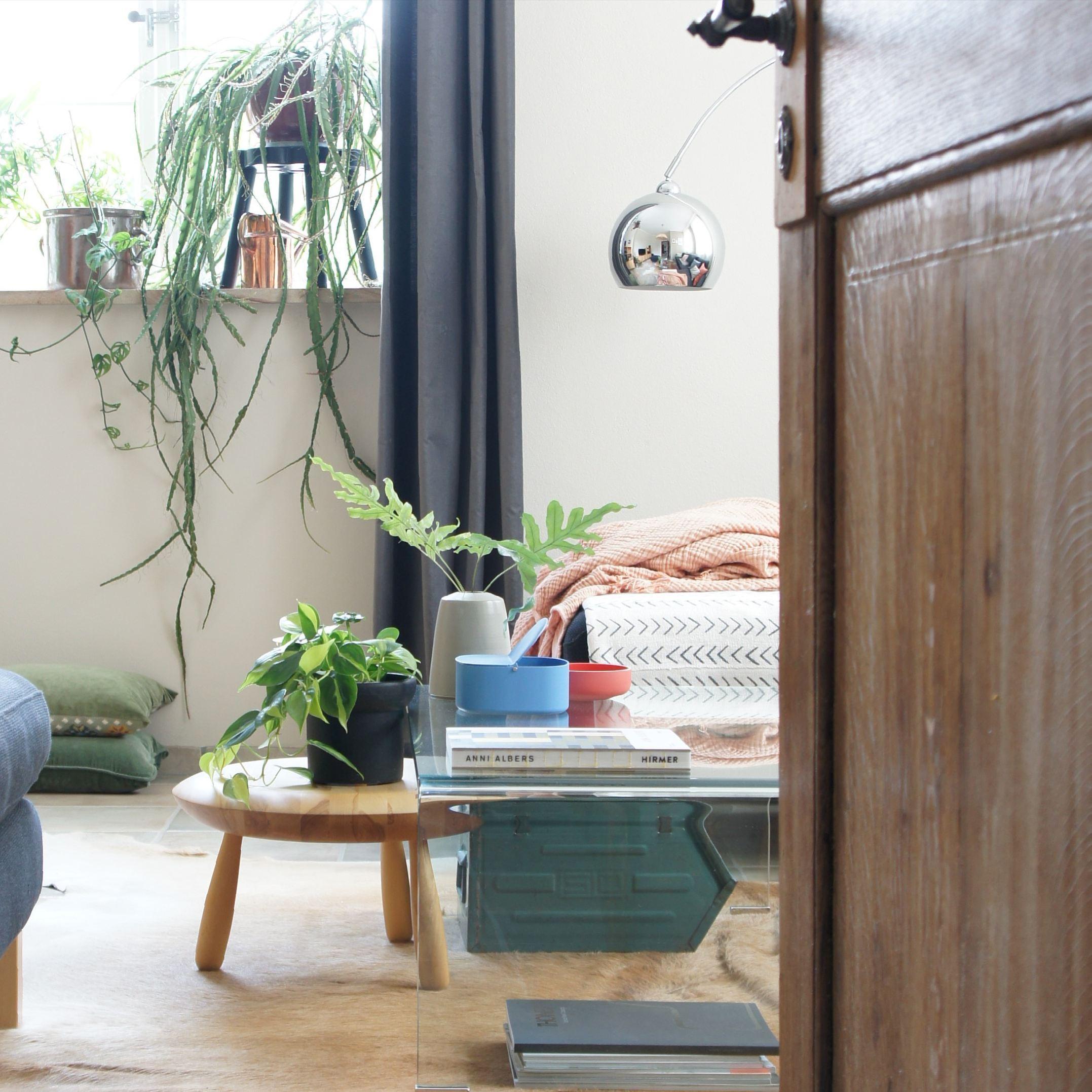 couchtisch ideen f r dein wohnzimmer bei couch. Black Bedroom Furniture Sets. Home Design Ideas