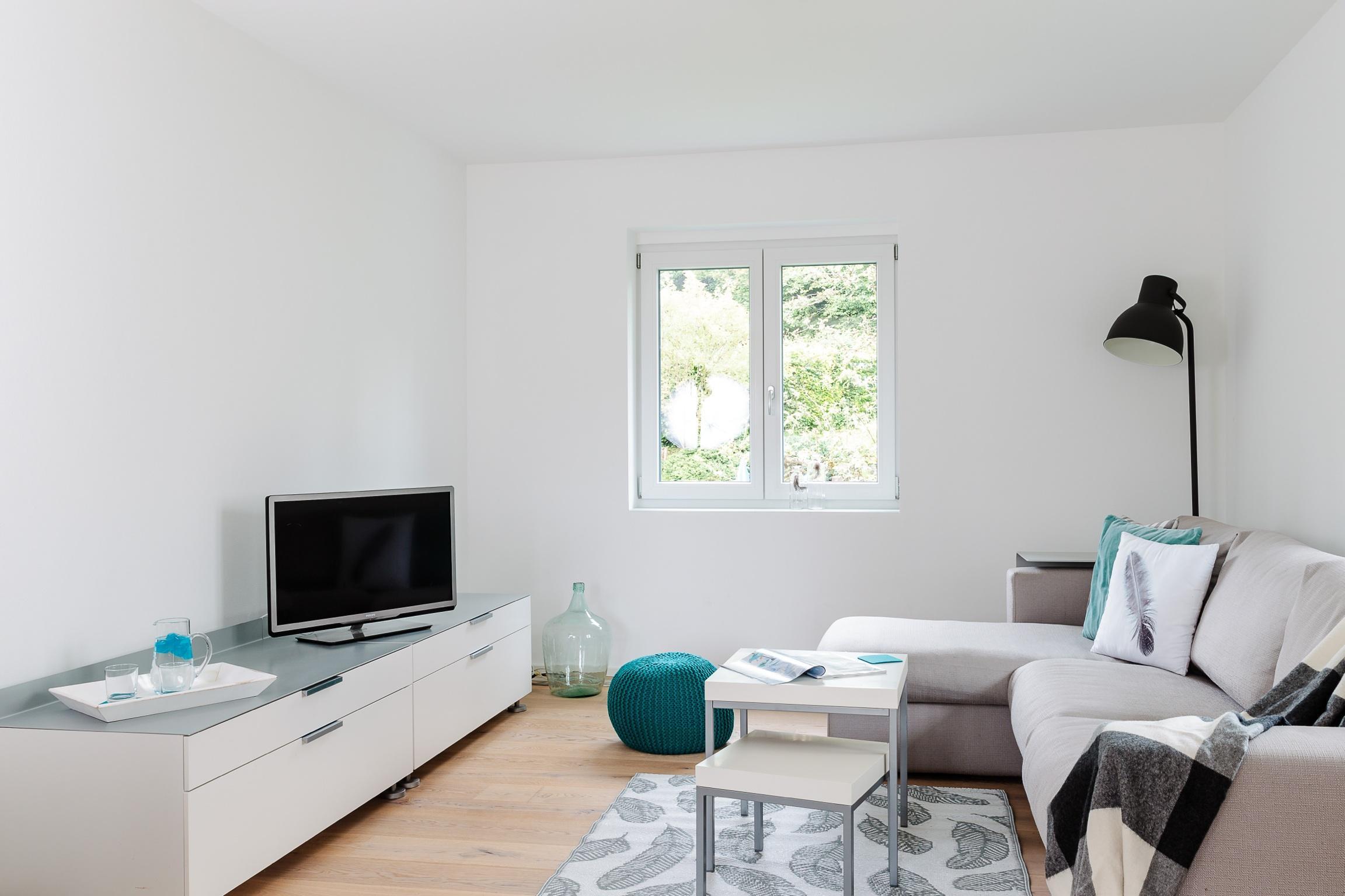 Wohnzimmergestaltung Wohnzimmer CHome Staging Nadine Fischer