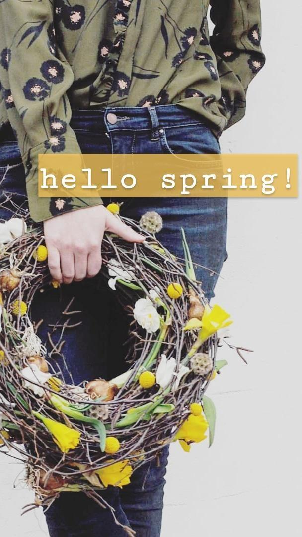 #wreath #neuhier #couchliebt #hellospring #diy #springflowers