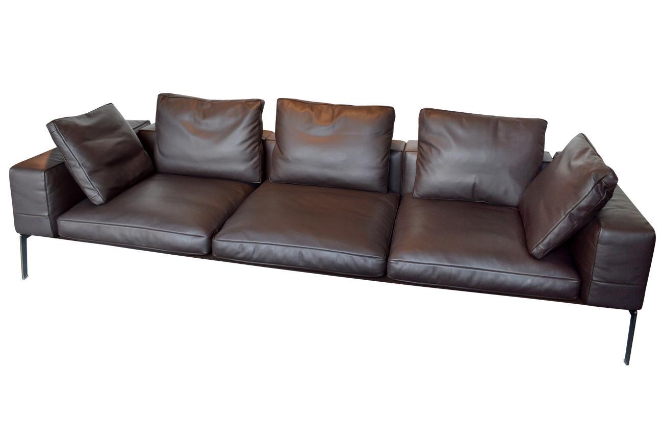 Zeitloses Designsofa In Leder #wohnzimmer #ledersofa #wintergarten #sofa  #schwarzesledersofa ©günstigerdesign