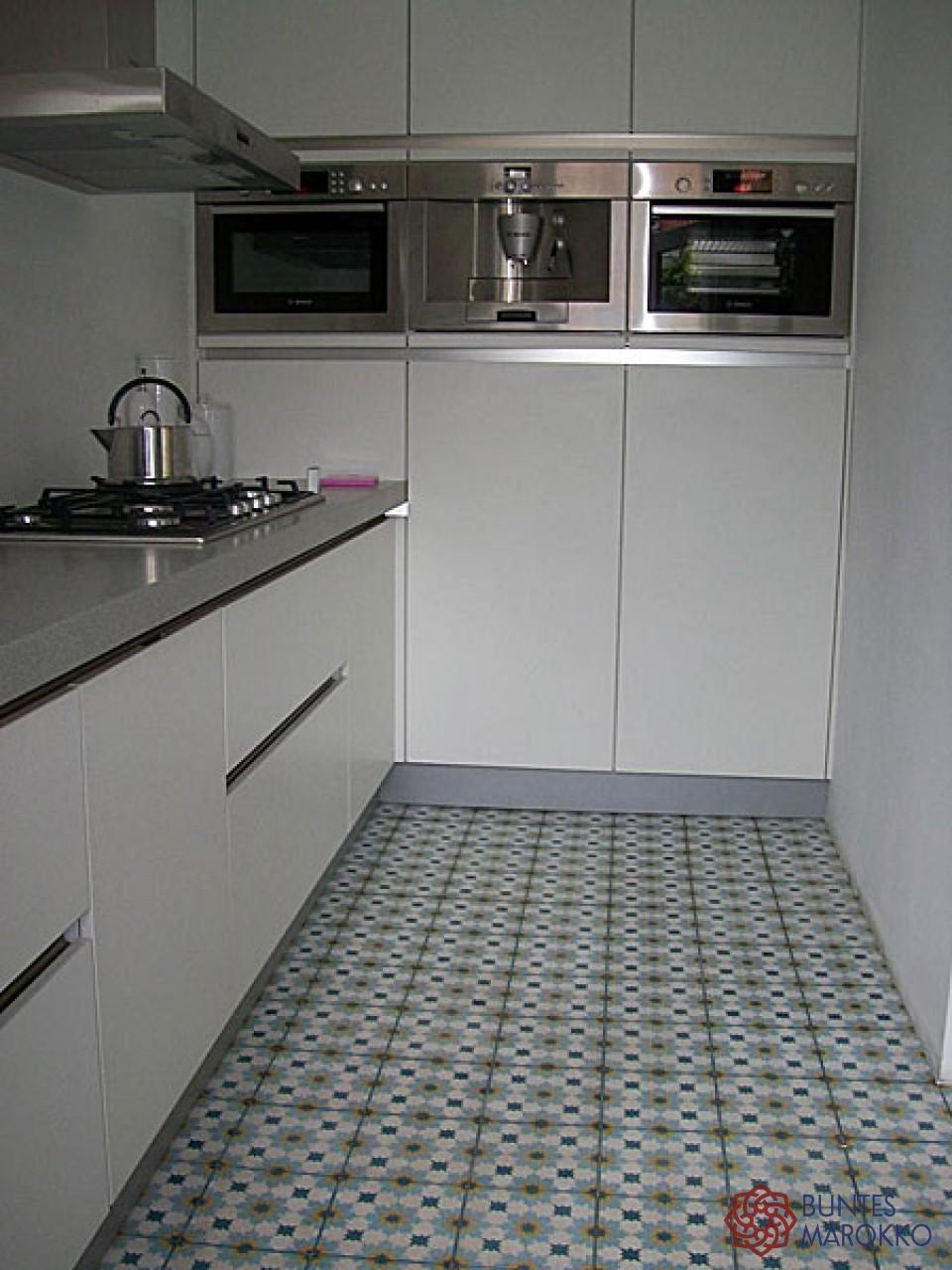 Zementfliesen In Der Küche #bodenfliesen #küchenfliesen #zementfliesen  ©Buntes Marokko